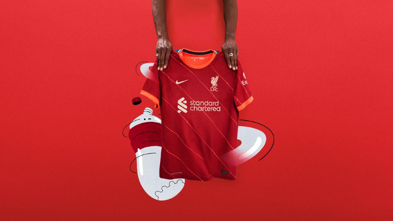 Nike, le maglie del Liverpool 2021-2022